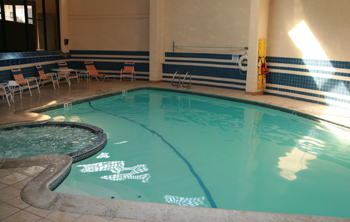 Best western pool pic start making waves for Pool design bordentown nj